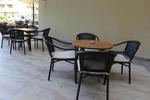 Евтини метални столове с различни седалки