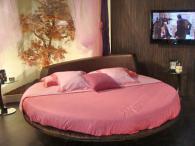 Кръгли спални с уникална визия в София по-поръчка