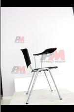 посетителски офис стол с масичка София