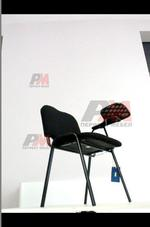 посетителски офис стол с масичка на едро